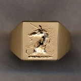 2500 Gold Crest Ring Collection Solid with Plain Shank by Heraldica Imports